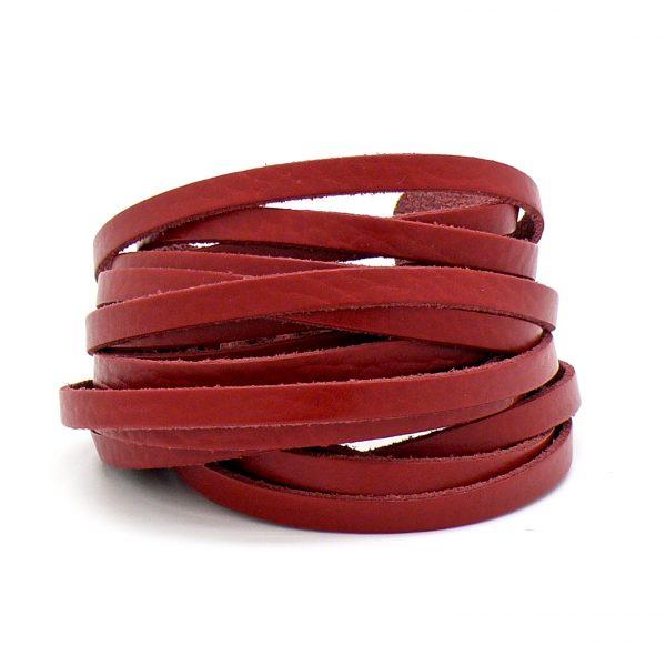 Leren band, kleur Rood, breed 6mm, dik ca. 2mm